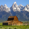 Jigsaw: Wyoming Barn - A nice barn in Wyoming with some some stunning mountains in the background